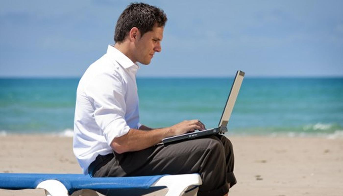 Galia Puerto: Cosas que debes hacer en la oficina antes de las vacaciones