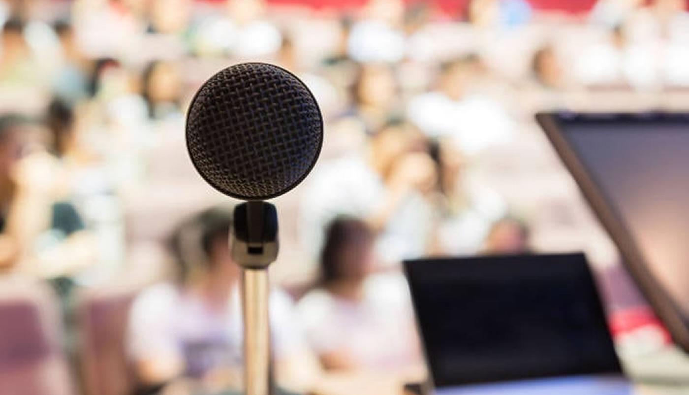 Galia Puerto: Trucos para aprender a hablar en público