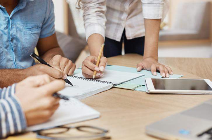 Galia Puerto - Ventajas e inconvenientes que no conocías de los espacios de coworking