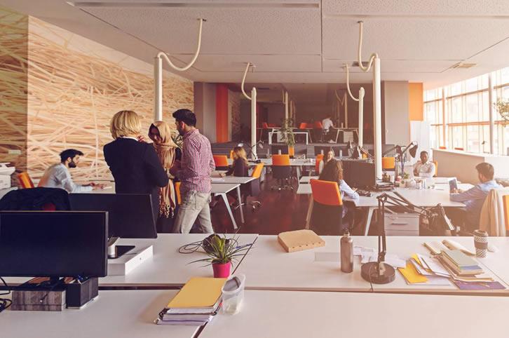Galia Puerto - Ventajas de alquilar una oficina en un centro de negocios